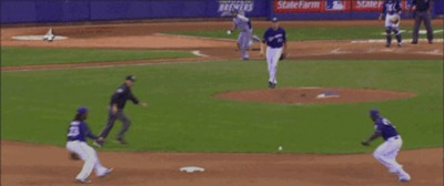 Espectacular Double Play cortesía de Betancourt